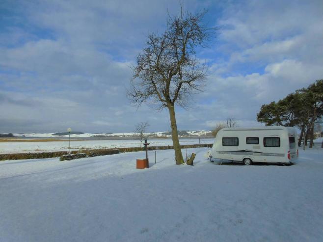 Wintercamping auf dem Campingplatz Thiessow