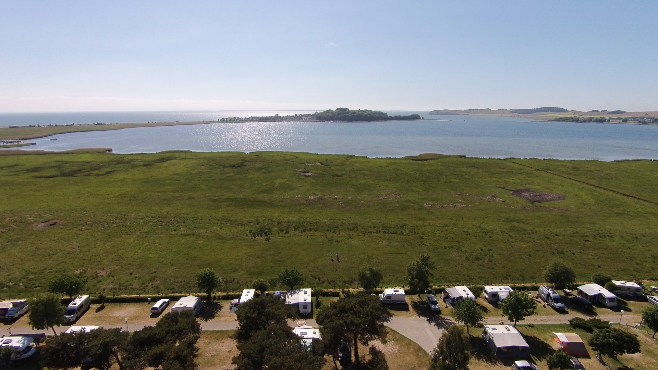 Blick vom Campinplatz Thiessow auf den Zicker See